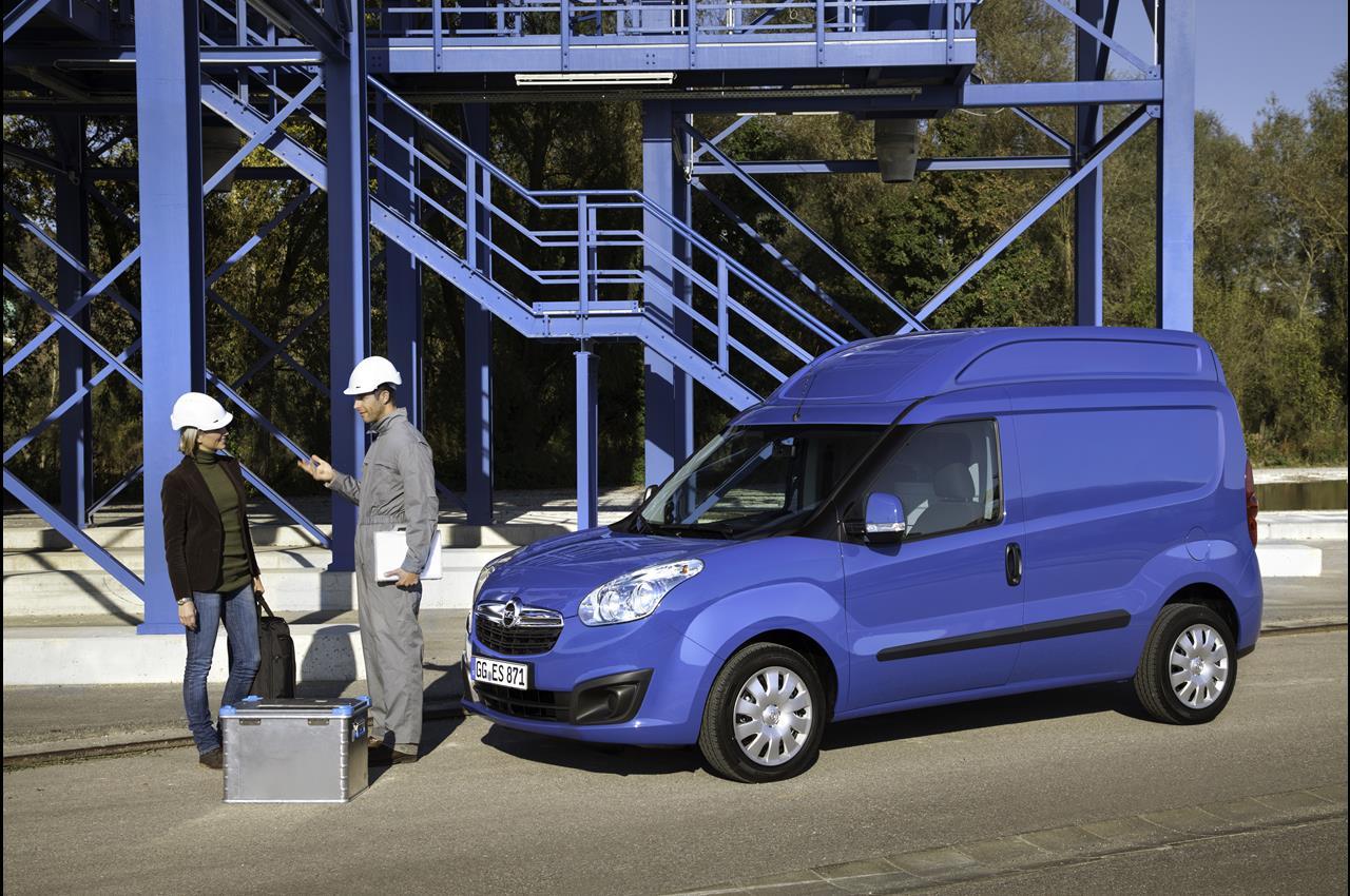 VW TRasporter batte il 6 - image 000042-000000032 on http://mezzipesanti.motori.net