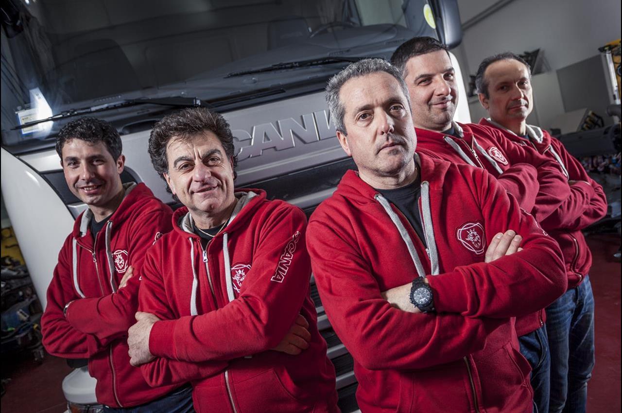 Scania Top Team 2015: Sacar di Frosinone la migliore officina d'Italia - image 000054-000000043 on http://mezzipesanti.motori.net