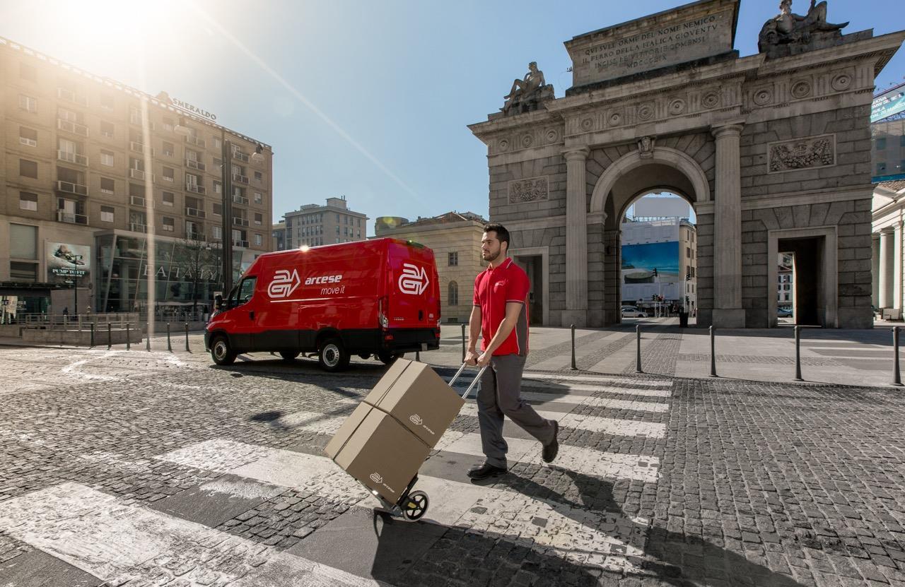 """Consegna in centro città: con Arcese è ancora più """"green"""" - image 000056-000000045 on http://mezzipesanti.motori.net"""