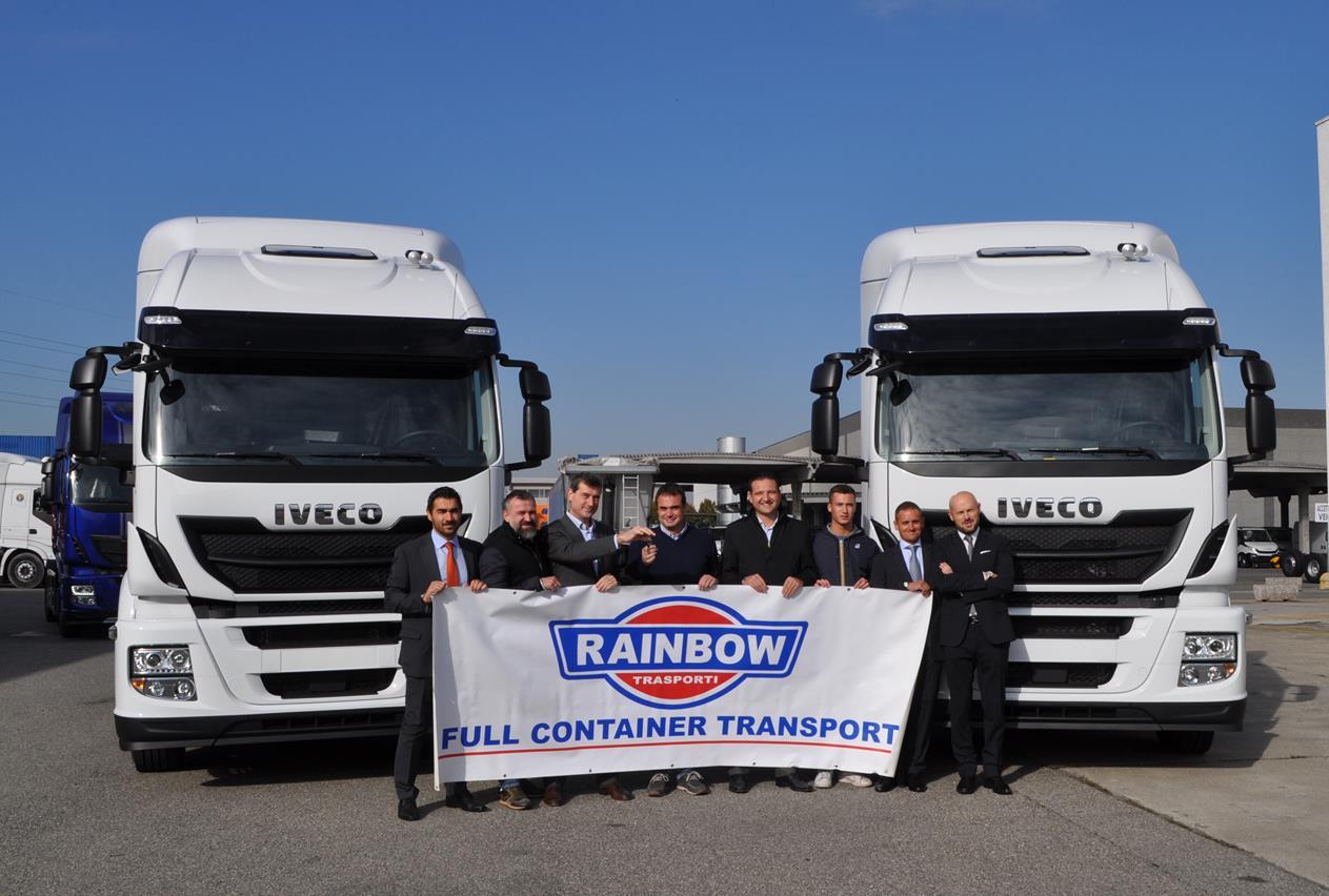 Scania pronta a conquistare l'industria delle costruzioni con Scania XT - image 000166-000000162 on http://mezzipesanti.motori.net