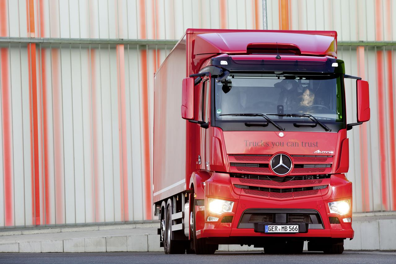 "Nuovo Eurocargo è ""Truck of the Year 2016 in Spagna"" - image 000174-000000173 on http://mezzipesanti.motori.net"