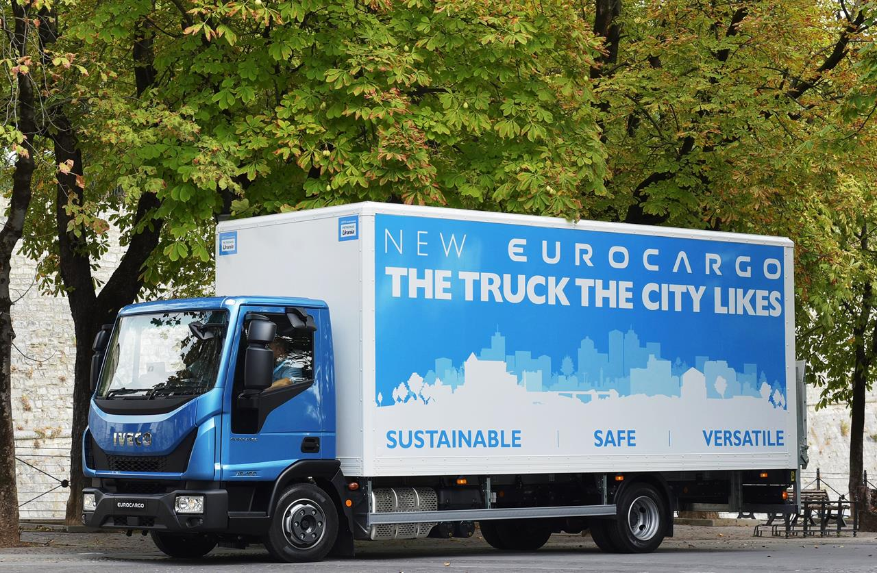 "Nuovo Eurocargo è ""Truck of the Year 2016 in Spagna"" - image 001196-000010221 on http://mezzipesanti.motori.net"