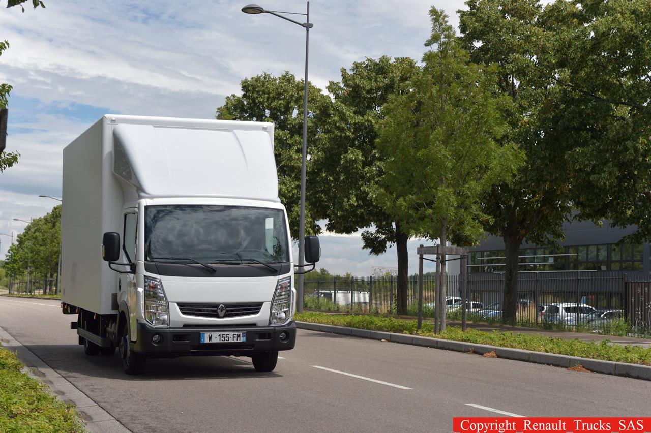Renault Maxity Euro 6: compatto, leggero, robusto - image 003238-000030286 on http://mezzipesanti.motori.net