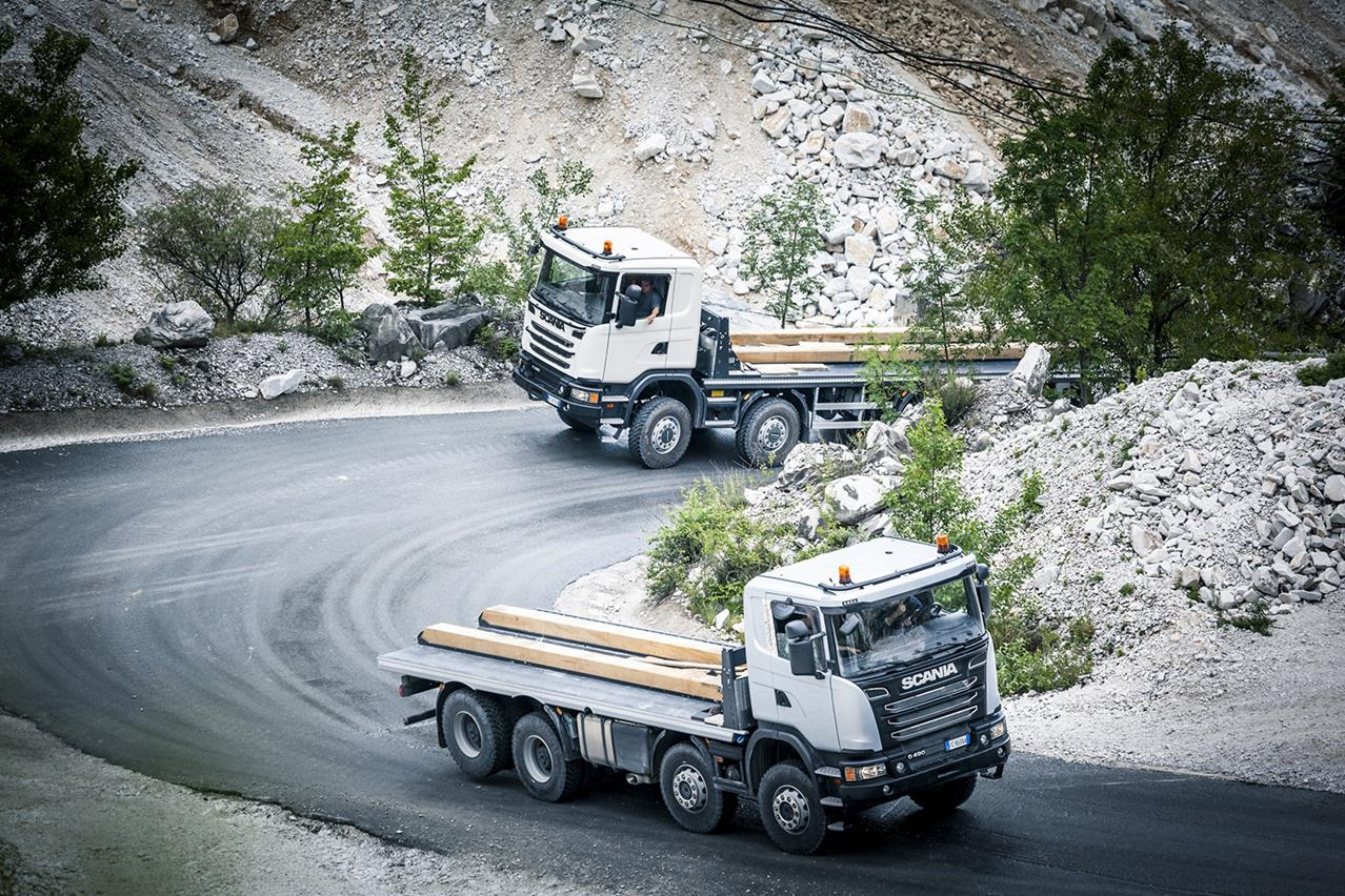 """Iveco Stralis NP eletto """"Project of the Year"""" 2017 - image 003244-000030291 on http://mezzipesanti.motori.net"""