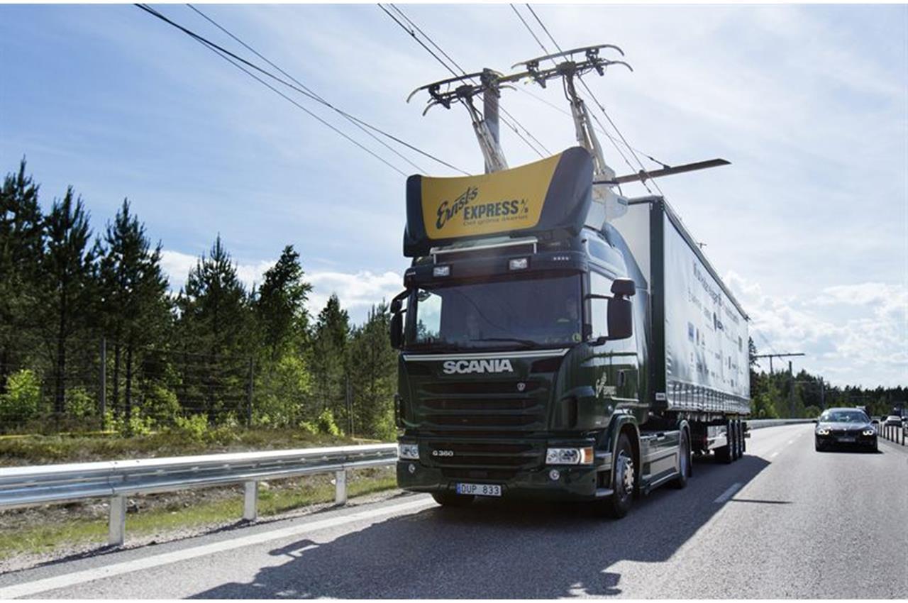 Strade elettriche: collaborazione Svezia-Germania - image 003380-000030426 on http://mezzipesanti.motori.net