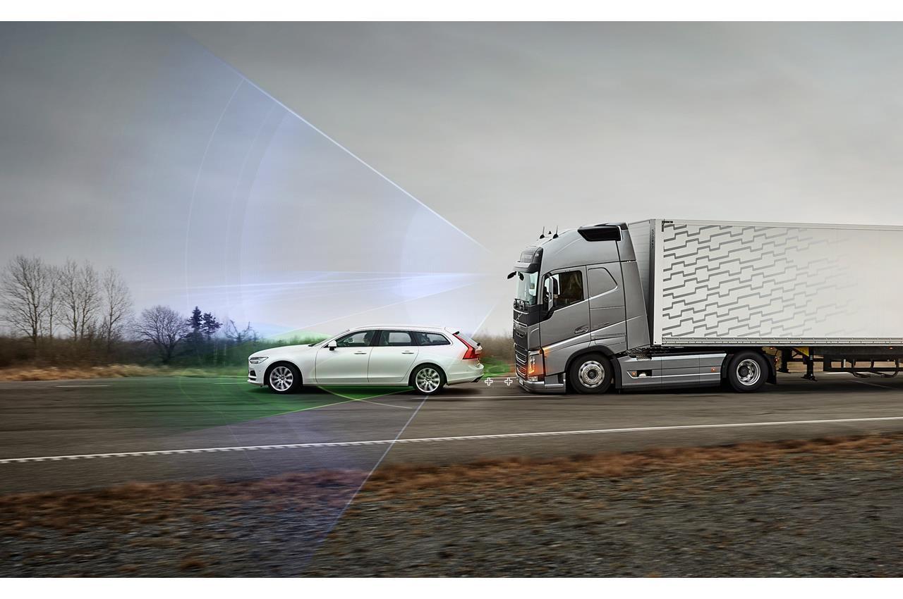 Un motore più potente amplia l'uso di Volvo FE - image 003412-000030499 on http://mezzipesanti.motori.net