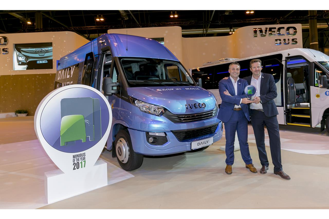 "Iveco Daily Tourys è ""International Minibus of the Year 2017"" - image 003416-000030502 on http://mezzipesanti.motori.net"