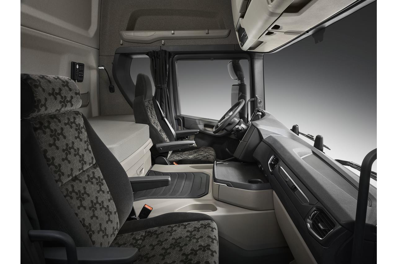 Nuove cabine Scania serie G con zona notte - image 003422-000030505 on http://mezzipesanti.motori.net