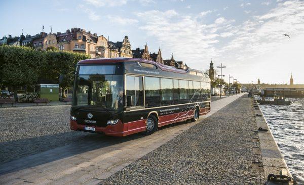 Scania presenta a Busworld il nuovo veicolo ibrido Scania Interlink LD - image 16350-004-600x386-1-600x365 on http://mezzipesanti.motori.net
