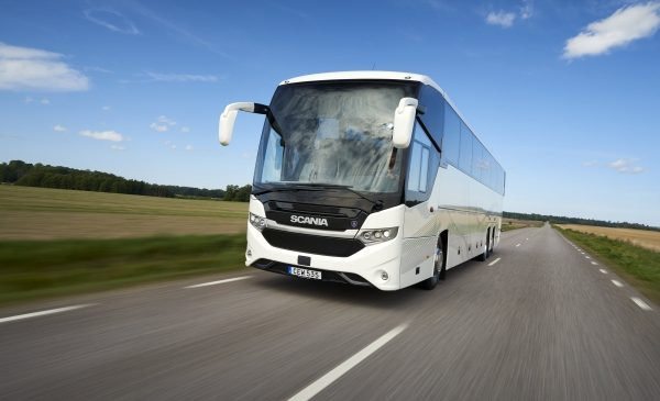 Scania presenta a Busworld il nuovo veicolo ibrido Scania Interlink LD - image 17194-032-600x400-600x365 on http://mezzipesanti.motori.net