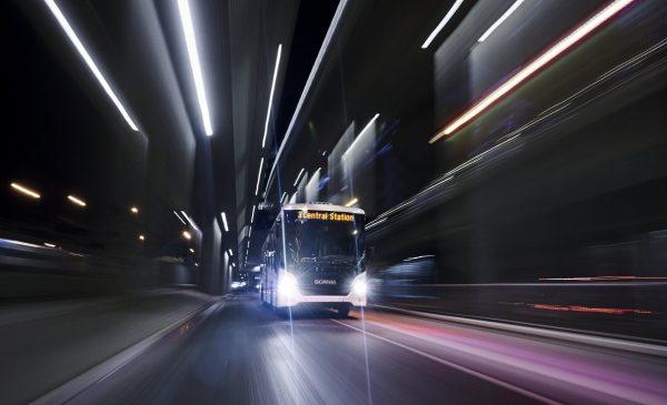Scania presenta a Busworld il nuovo veicolo ibrido Scania Interlink LD - image 17244-006-600x400-1-600x365 on http://mezzipesanti.motori.net
