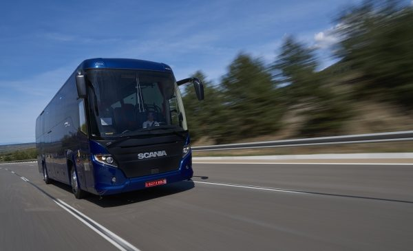 Scania presenta a Busworld il nuovo veicolo ibrido Scania Interlink LD - image 17266-001-600x395-600x365 on http://mezzipesanti.motori.net