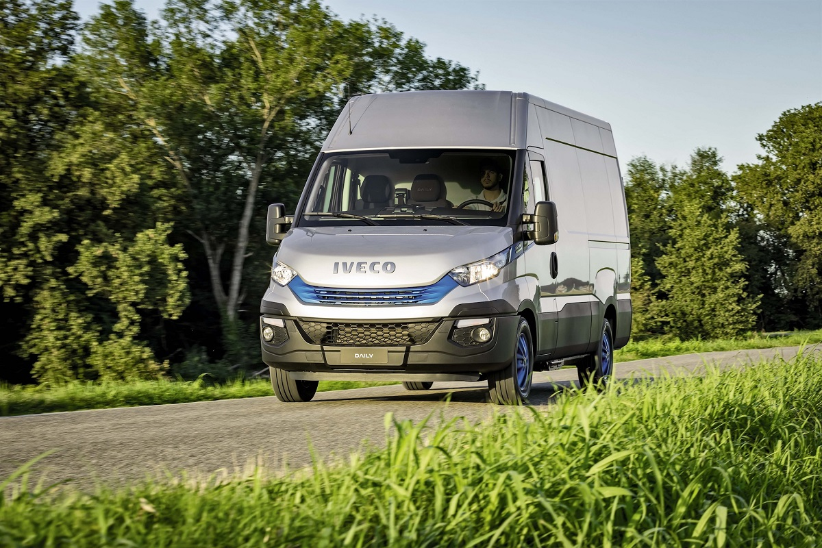 "Iveco vince il premio ""Sustainable Truck of the Year 2018"" nella categoria VAN - image Daily_BP_NP_17_271 on http://mezzipesanti.motori.net"