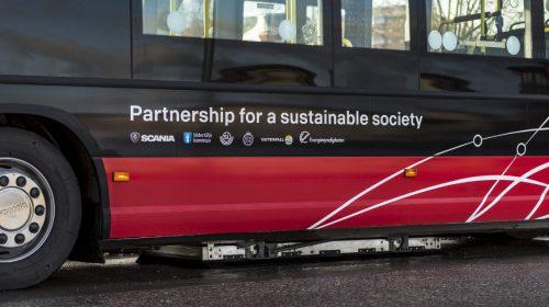 Arriva in Italia il primo autobus ibrido extraurbano. Il veicolo, uno Scania Citywide LE Hybrid, è stato consegnato alla ASF Autolinee, società di trasporto pubblico passeggeri a Como e Provincia