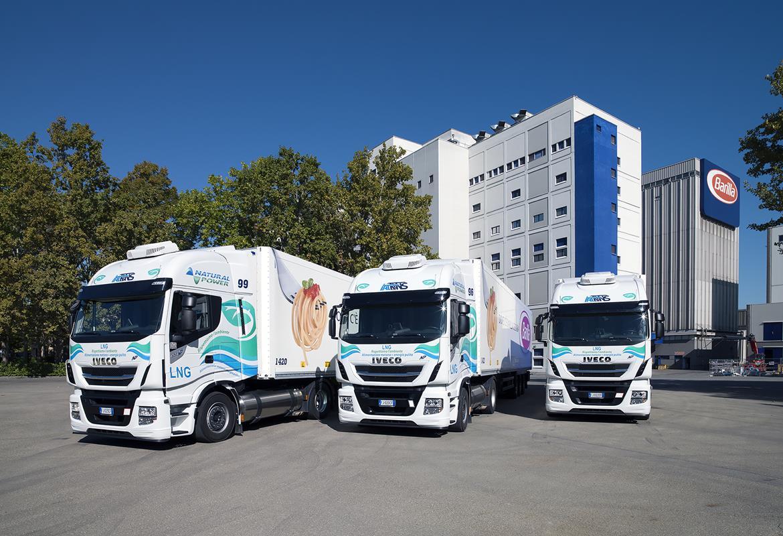 Nuovo Stralis X-WAY: la gamma completamente nuova per servizi urbani e logistica edilizia - image IVECO_BARILLA-1 on http://mezzipesanti.motori.net